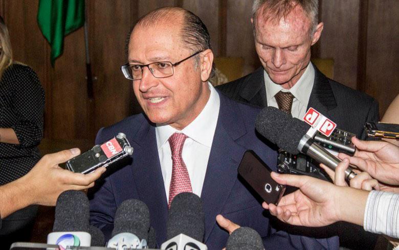 Apeoesp pede à Justiça punição ao governo Alckmin por descumprir decisão do STF
