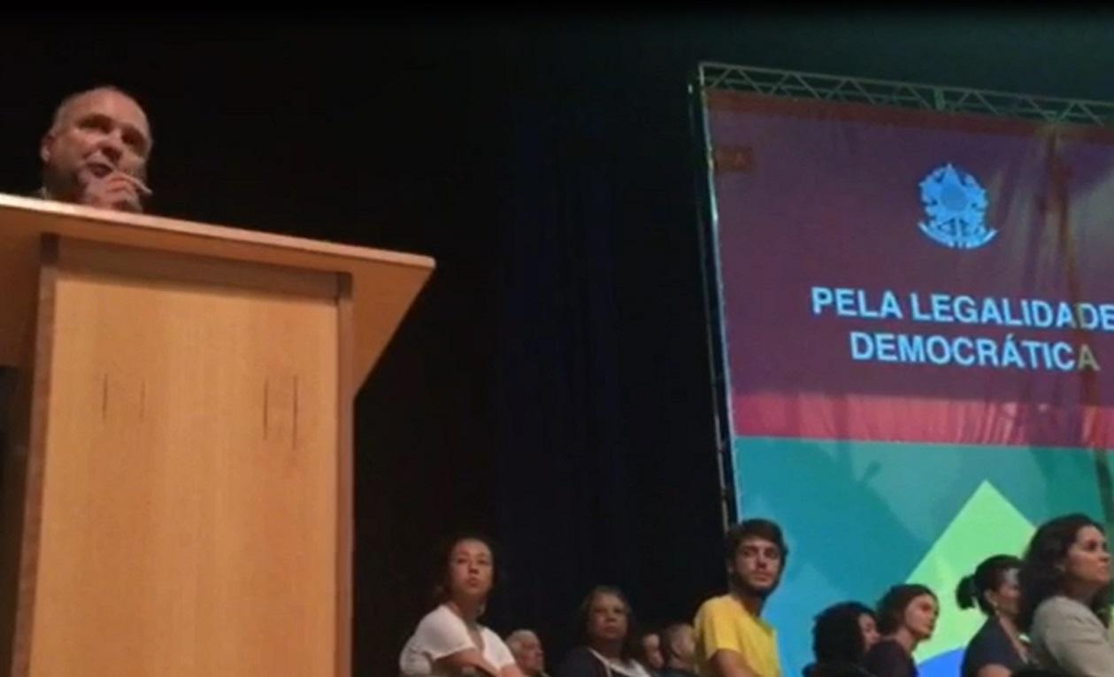 SASP participa de Ato na PUC em defesa da Democracia e contra o Golpe