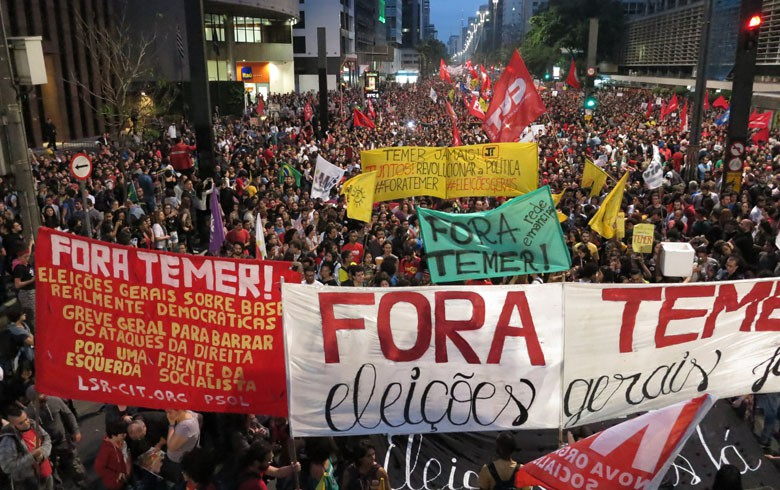 Ato histórico na Avenida Paulista reúne 100 mil pessoas contra Temer