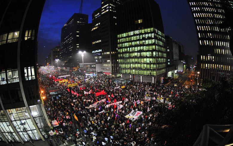 Av. Paulista-manisfestação