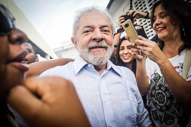 ARTIGO | Lula foi condenado por corrupção com evidências frágeis