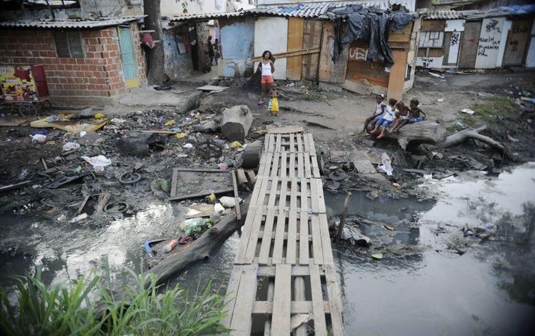 Apenas seis brasileiros têm a mesma riqueza que metade da população