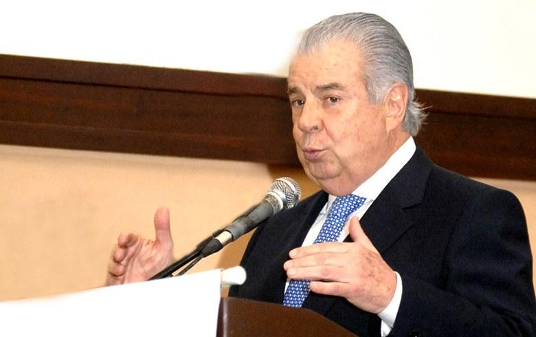Batochio: 'Nós, brasileiros, não aceitamos viver sob o tacão autoritário'