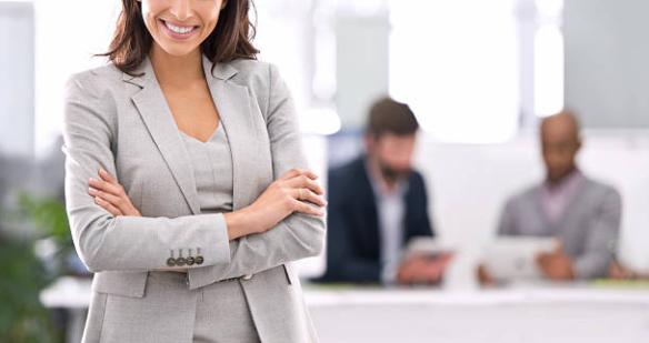 Dados da OAB mostram que quase metade dos advogados do país são mulheres