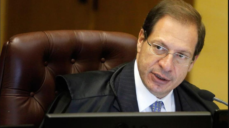 Itaú obtém redução de valor de ação coletiva de R$ 160 milhões para R$ 160 mil no STJ