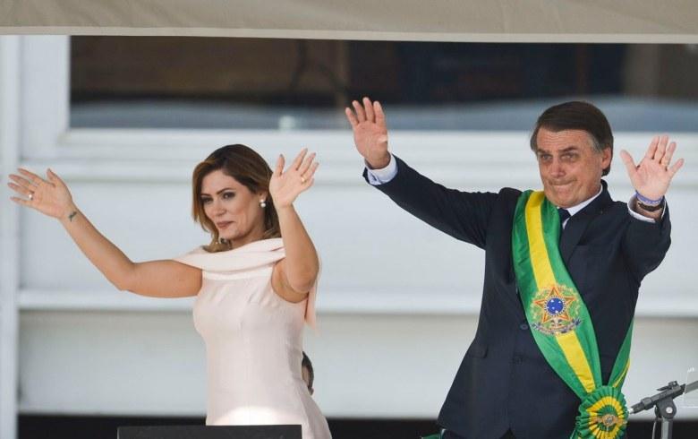 Ideias retrógradas, mentira e 'inimigos' marcam os discursos de posse de Bolsonaro